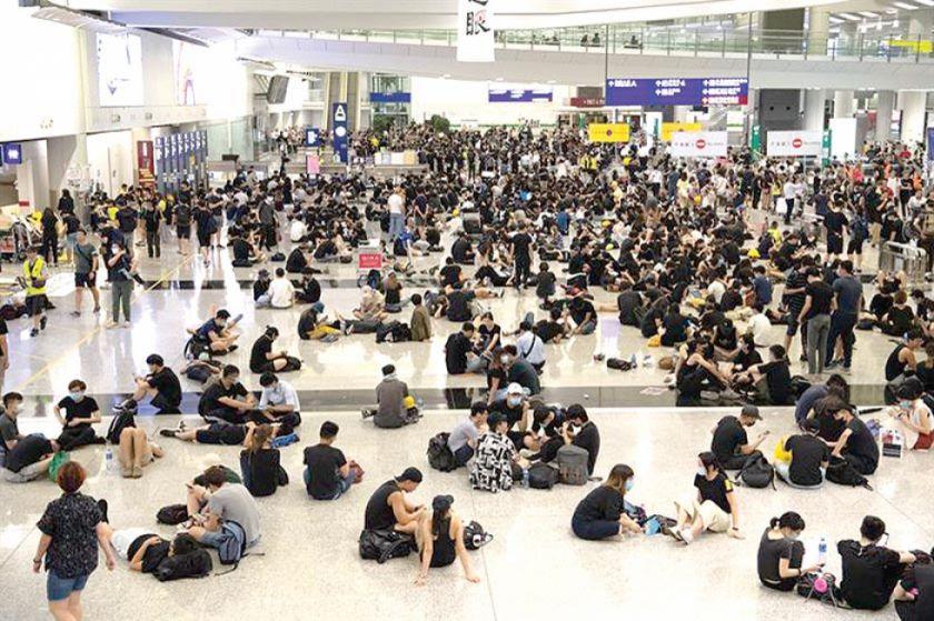 Se agrava conflicto político en Hong Kong