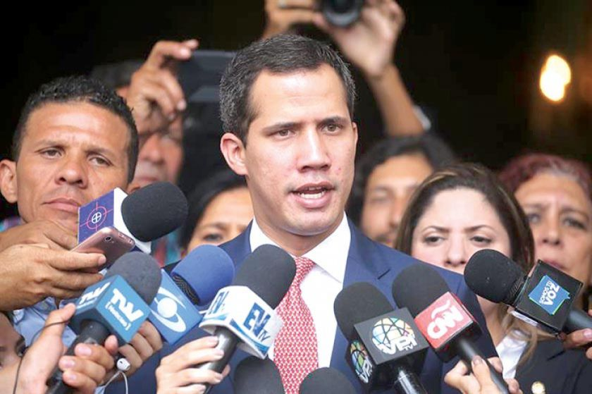 Guaidó dice que defenderá la Asamblea