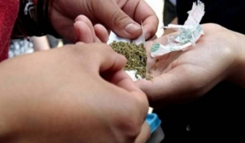 Rescatan tres niñas que presuntamente eran obligadas a vender droga en Potosí