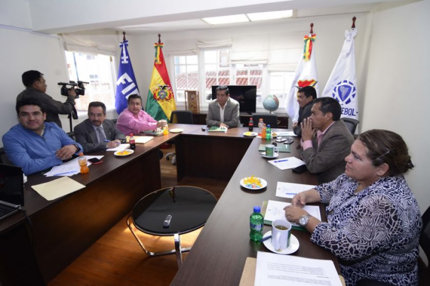 La FBF ratifica el despido del DT de la selección boliviana de fútbol