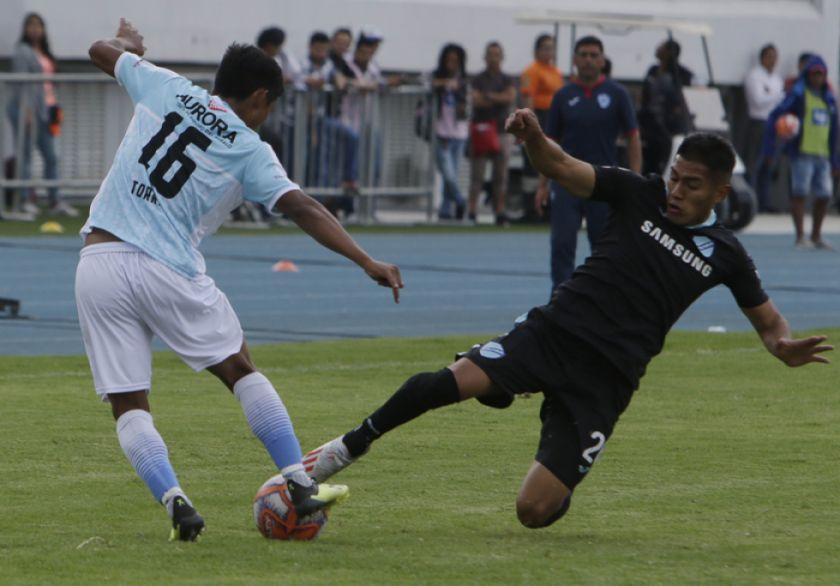 Bolívar derrota a Aurora y vuelve a la cima del torneo Clausura
