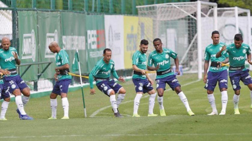 Palmeiras y Gremio buscan su pase de fase