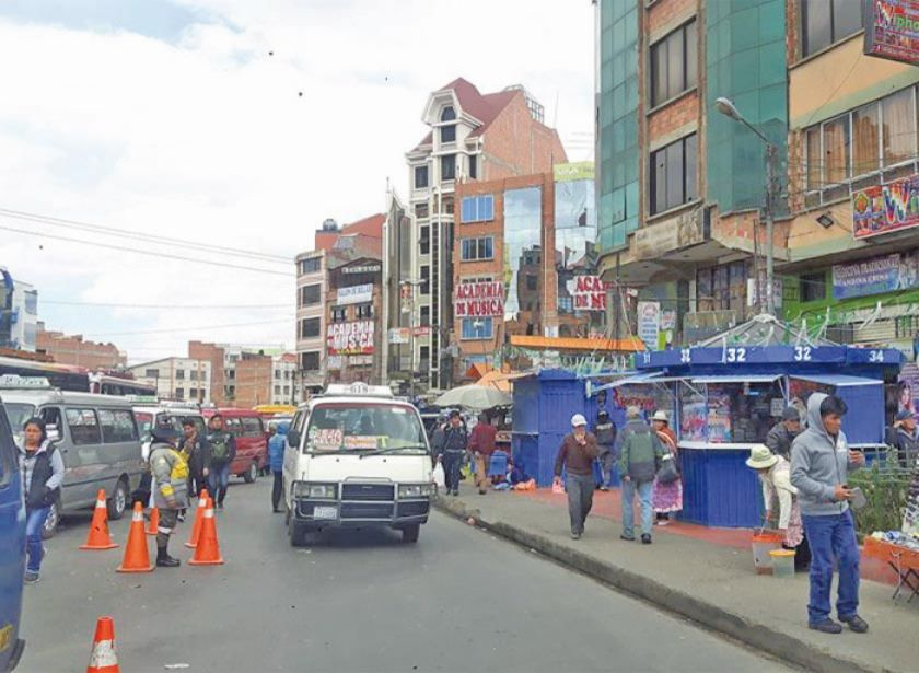 En El Alto casi linchan a un adolescente por un robo que no cometió