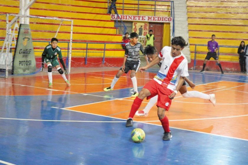 Chuquisaca y Tarija jugarán por el título en futsal