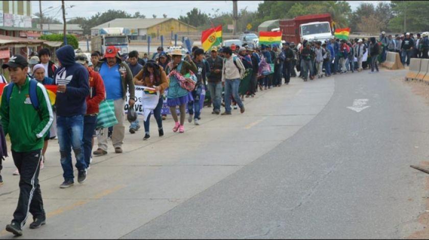 Cívicos cruceños piden que eviten llegada de la marcha campesina