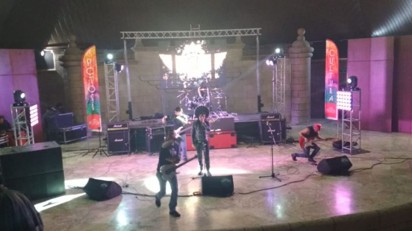 G-D-ON gana el festival de tributo a Savia Andina