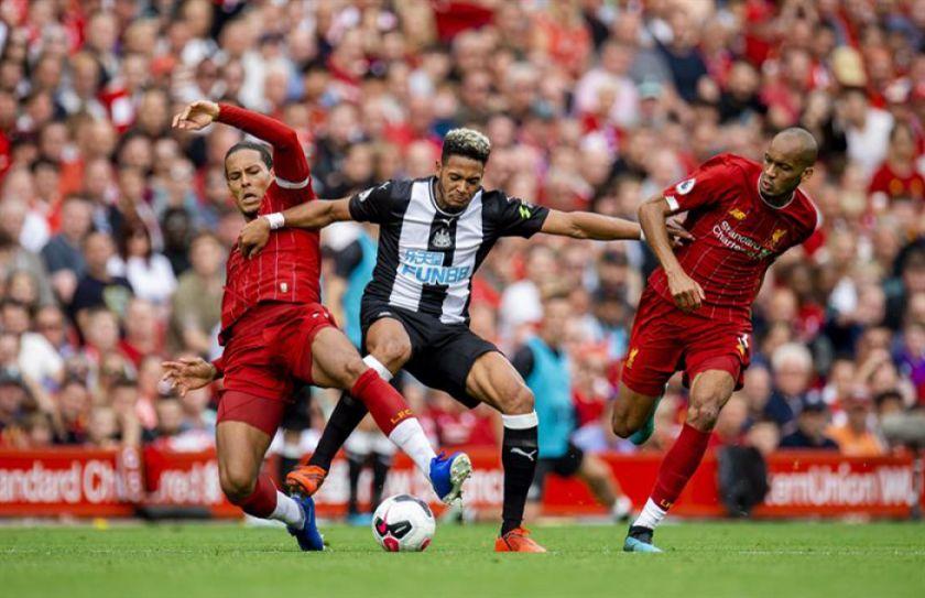 Liverpool vence a Newcastle en la Premier League