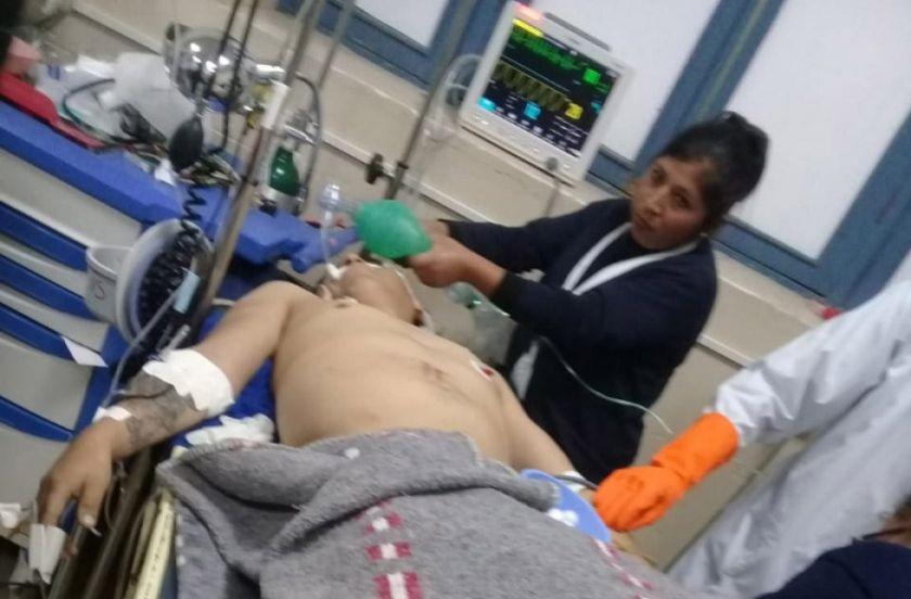 Un motociclista fallece y su pareja sobrevive al choque