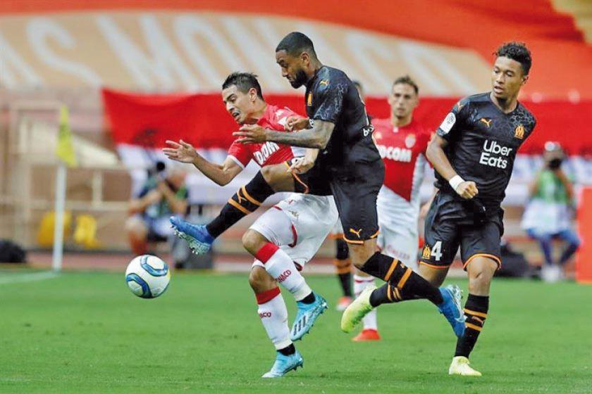 """El Marsella hunde al Mónaco en el estadio """"Luis II"""" por la Ligue 1 de Francia"""