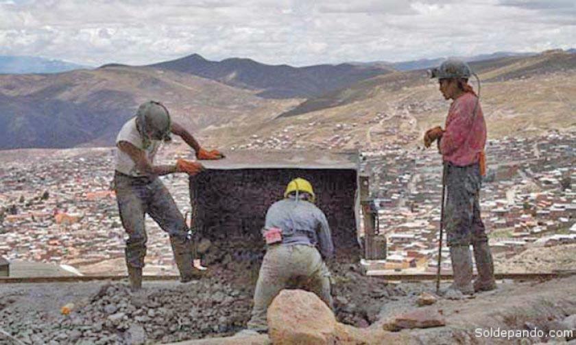 Proyectan reunión para ver el tema de la crisis minera