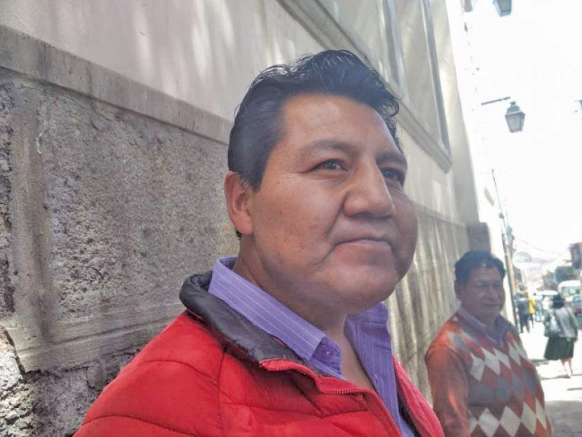 Alcalde pide que Prieto vuelva a la cárcel y la concejala exige su curul