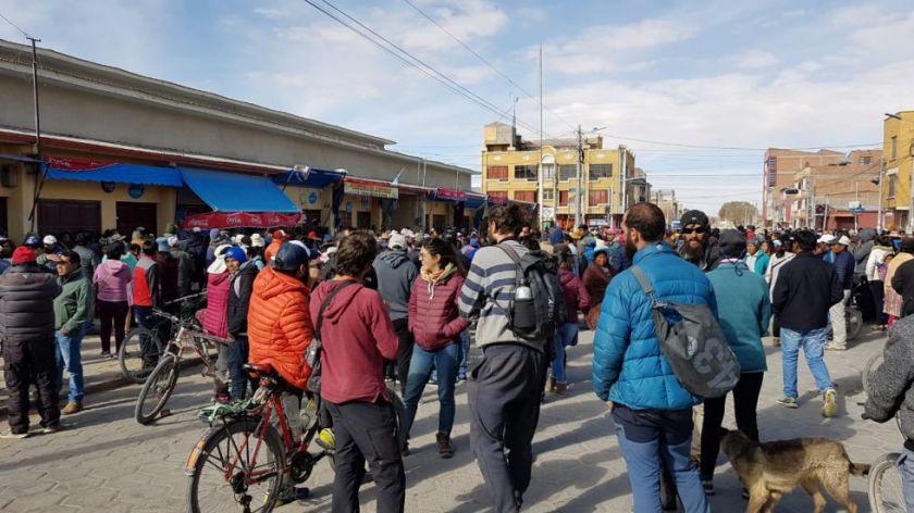 Uyuni recibe mal la noticia de la posible liberación del alcalde Patricio Mendoza