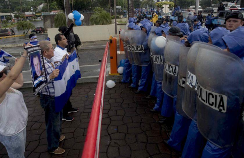 Nuevas protestas en Nicaragua provocan tres personas heridas
