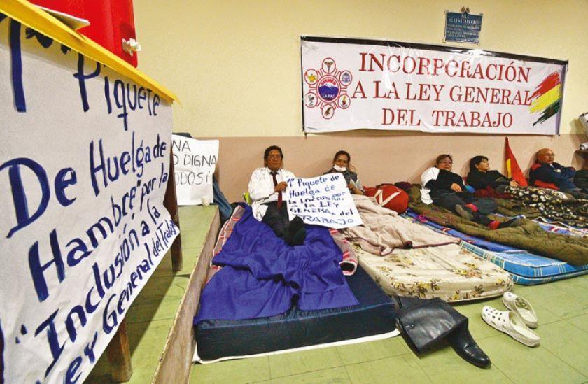 Médicos anuncian más huelgas de hambre en los 9 Departamentos