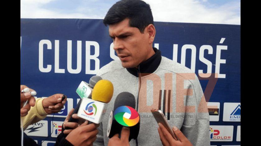 Lampe prestó dinero a San José y el club no le paga nada