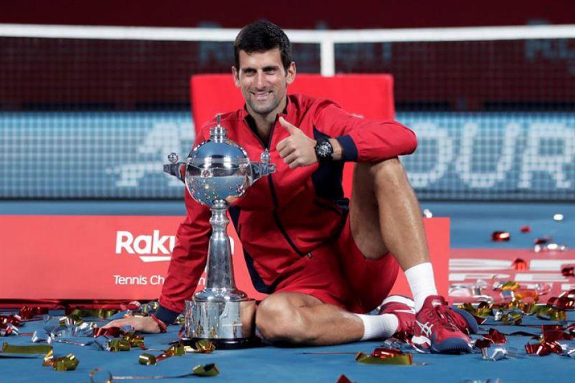 Djokovic vence a Millman y se lleva por primera vez el Abierto de Tokio
