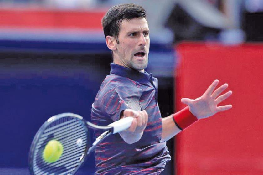 Djokovic vence a Shapovalov