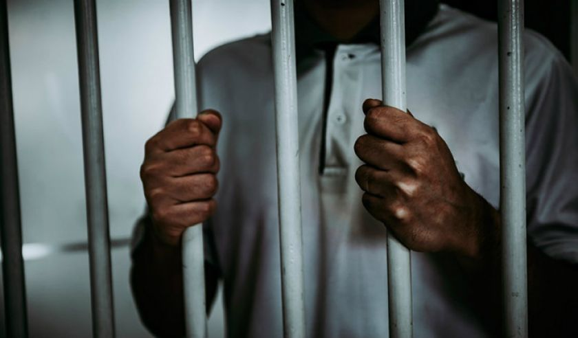 Dan detención preventiva a un profesor por abuso sexual