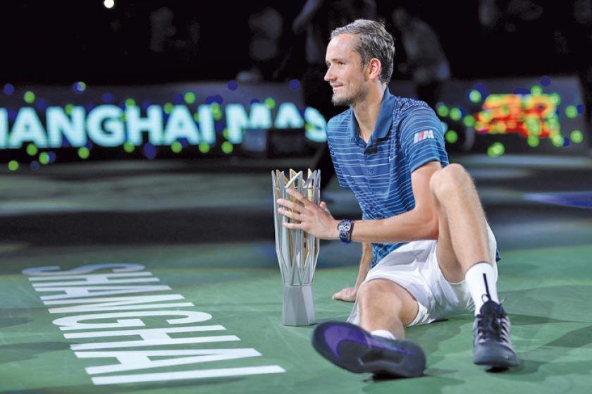 Medvedev gana su cuarto título