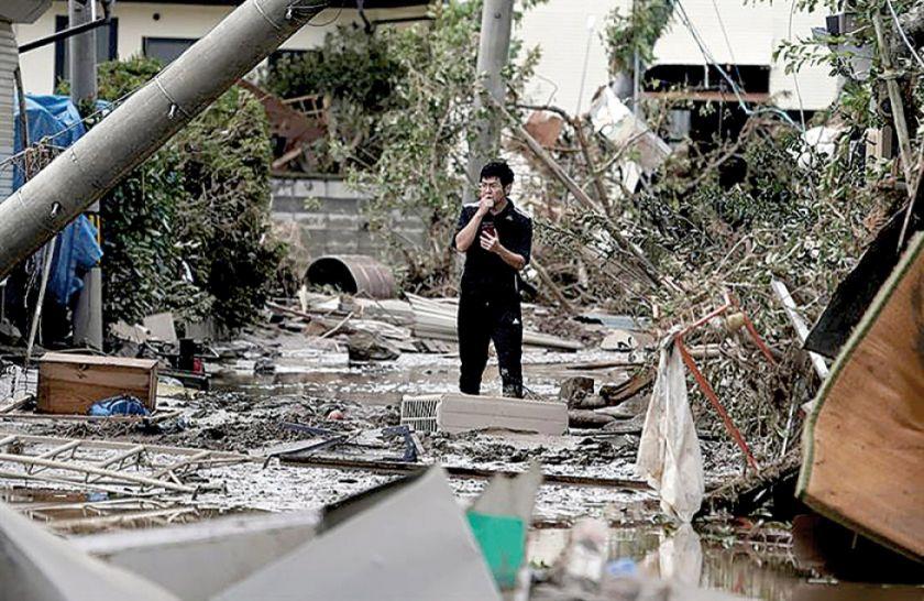 Japón busca a sobrevivientes  de tifón Hagibis