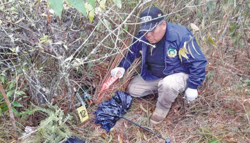 Hallan cadáver de mujer de 23 años de edad en la localidad de Coroico