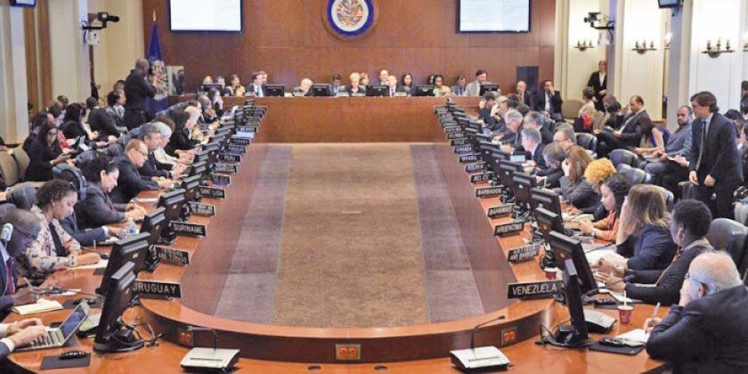 La OEA plantea segunda vuelta aunque Morales supere con 10 % a Mesa
