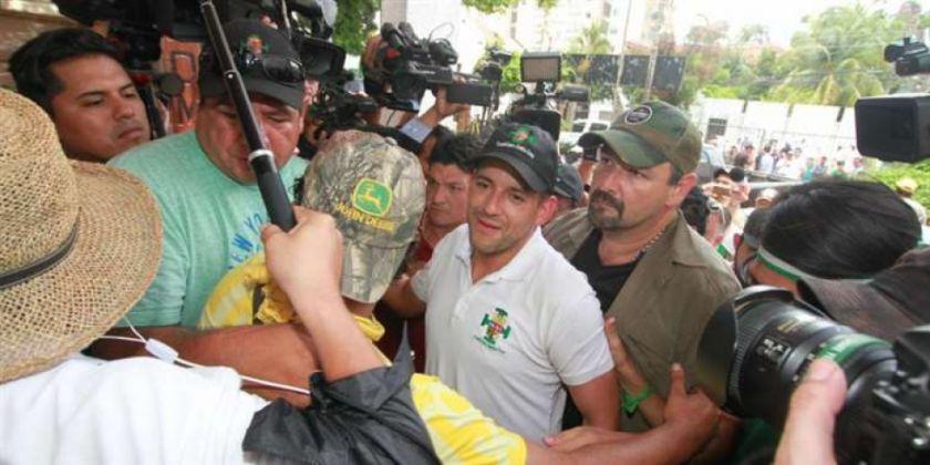 """Camacho: """"Por favor, no caigamos en el juego del odio; somos libertadores, no opresores"""""""