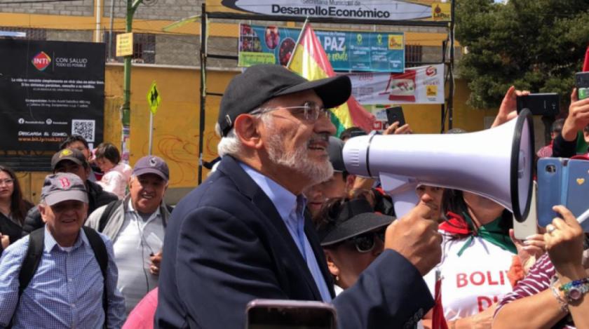 Mesa: Evo no tiene valor para pacificar el país y provoca el pedido de su renuncia