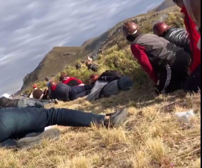 Mineros cooperativistas potosinos están en medio de disparos
