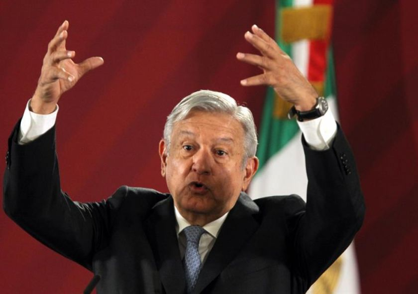 """López Obrador considera una """"mezquindad"""" preguntar el costo del asilo de Evo Morales"""