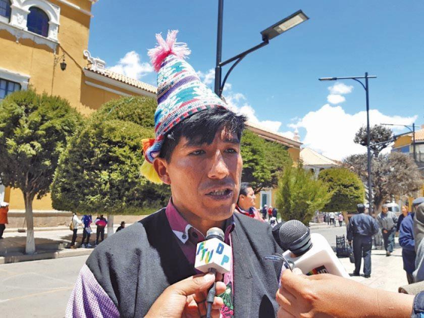 Existe desinformación en los bloqueos camineros hacia Oruro y Sucre