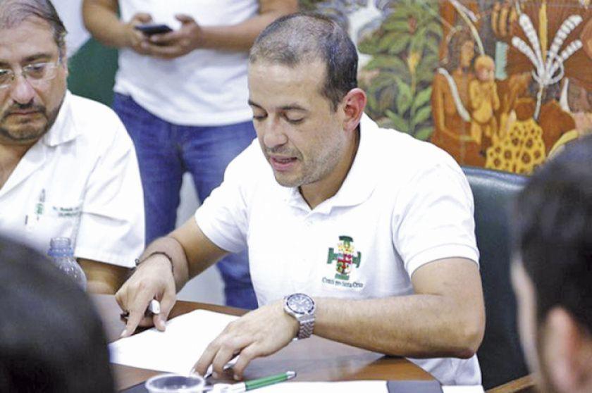 Pumari se sorprende por el anuncio de que Camacho buscará la presidencia