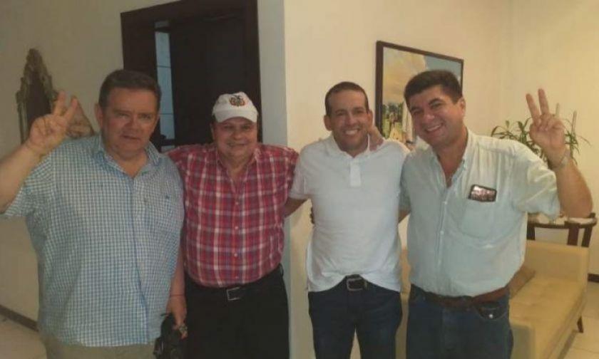 Luis Fernando Camacho pacta preliminarmente con el MNR
