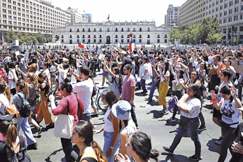 Chile investiga injerencia en conflictos