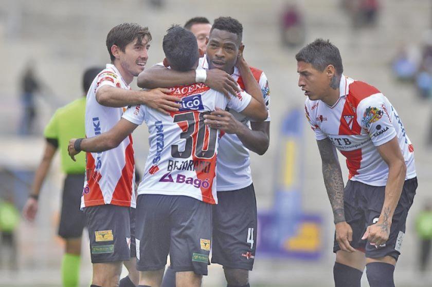 Paceños quieren seguir en la lucha por la Sudamericana