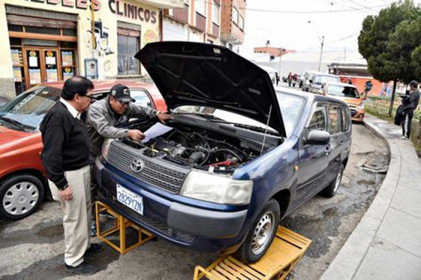 La inspección técnica de los vehículos continúa