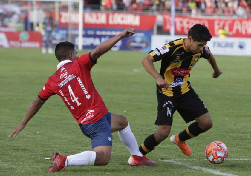 Wilster y el Tigre resignan posibilidades con un empate