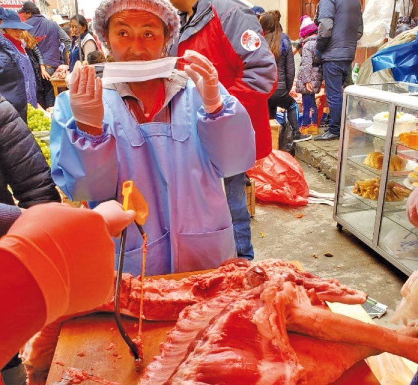 Sedes verificó expendio de la carne de cerdo en mercados