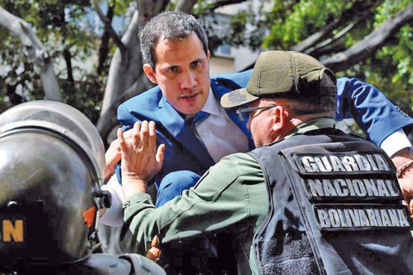 El chavismo frena a Juan Guaidó, pero este consigue la reelección
