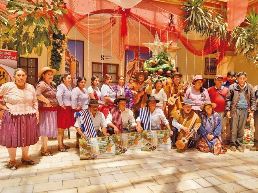 Lanzan festival del charango y zapateo