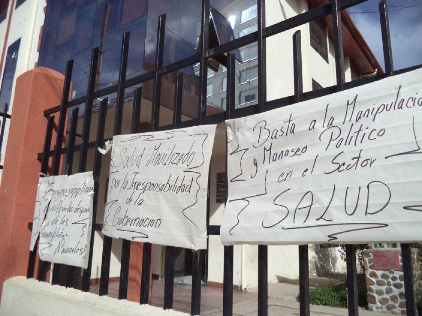 Trabajadores del Sedes siguen en paro indefinido en Potosí