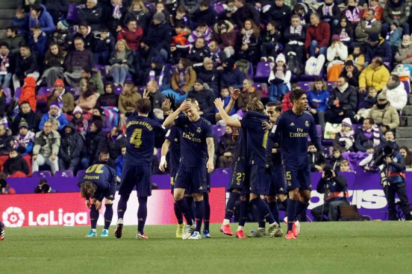 Real Madrid se adueña de la cima