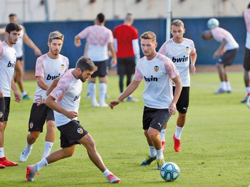 """Valencia busca un triunfo ante Celta en """"Mestalla"""""""