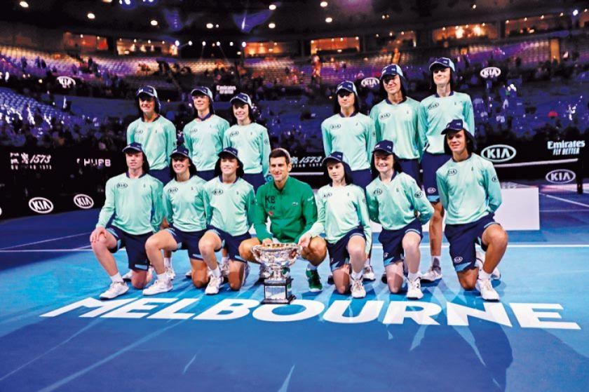 Djokovic gana por octava vez el Abierto de Australia
