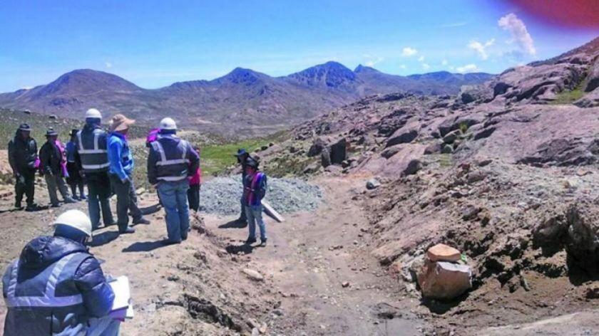 Denuncian el avasallamiento de mina en la región de Jayaquila