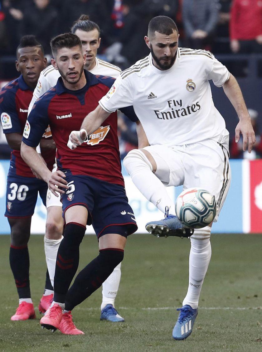 "Real Madrid golea a Osasuna en ""El Sadar"""