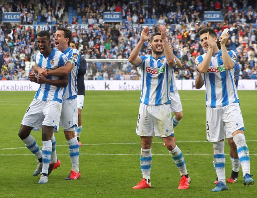 Real Sociedad se adueña del derbi en San Sebastián tras vencer a Athletic