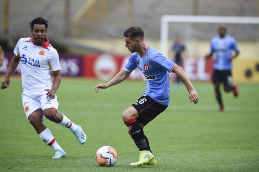 River Plate uruguayo vence al Grau peruano con goles de Olivera y Neris