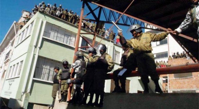 Hace 17 años se enfrentaban policías y militares