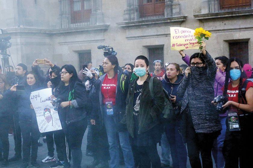 Nueva fuerte protesta por feminicidios en México
